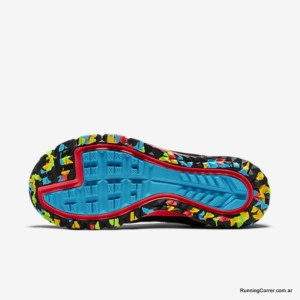 Zapatillas trail Nike Zoom Wildhorse GTX para hombre - Detalle suela para montaña