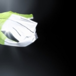 Campera Nike Shield Flash - Mujer