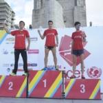 Podio hombres Marcos Molina, César Díaz y Iván Leiva - Carrera Unicef Rosario 2016