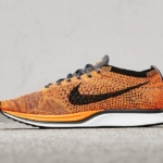 Zapatillas para correr Nike Flyknit Racer color Total Orange
