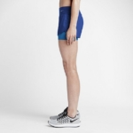 Short Nike Running 2 en 1 con malla para Mujer color azul royal