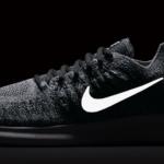 Zapatillas para correr Nike Free RN Flyknit 2017 para hombre - detalle reflectante en el Swoosh