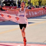 Galen Rupp ganando la Maratón de Chicago 2017