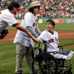 Carlos Arredondo y Jeff Bauman béisbol pitch Red Sox