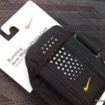 Brazalete Nike billetera