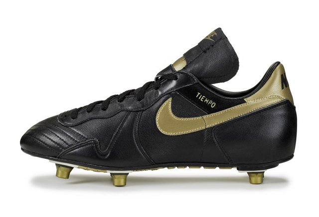 Botín de fútbol Nike Tiempo D original 1985