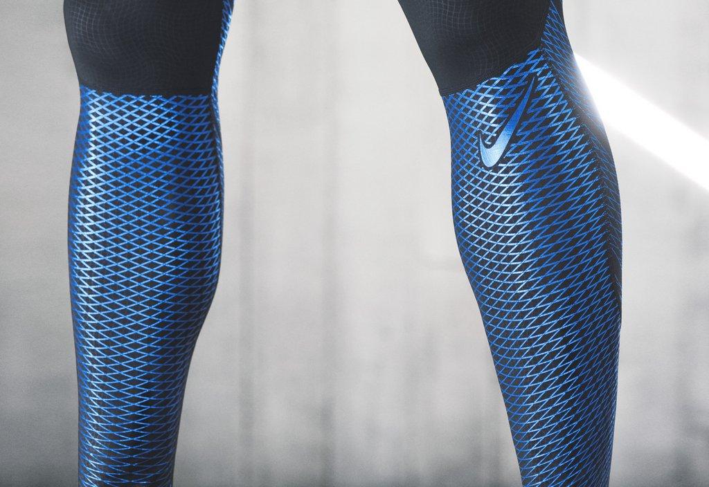Mallas de entrenamiento Nike Pro Hypercool Max Tight para hombres - Detalle pierna