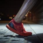 Zapatillas para correr adidas UltraBOOST Uncaged en color Rojo