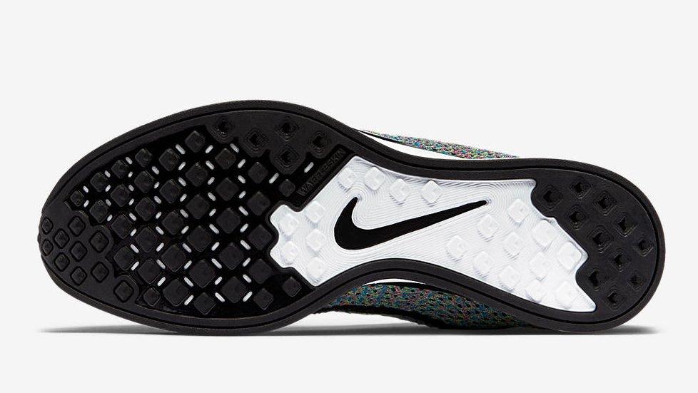 Zapatillas de running Nike Flyknit Racer multicolor 2017 - Suela tipo gofre o waffle
