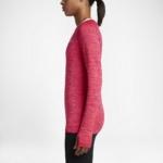 Camiseta mangas largas para correr Nike Dry Knit para mujer color rojo carmesí - detalle abertura en los puños