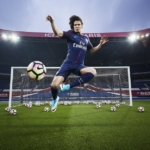 Kit Home Nike del club de fútbol Paris Saint-Germain para 2017- 2018 con Edinson Cavani