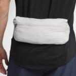 Rompeviento Nike Shield Convertible para hombre - detalle bolso cintura
