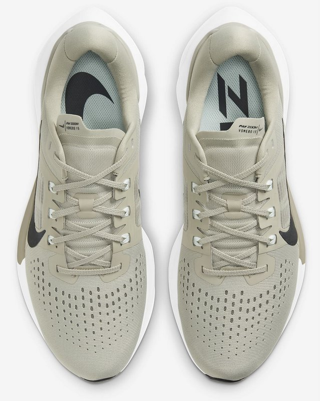 Nike Air Zoom Vomero 15 - Lengüeta y talón