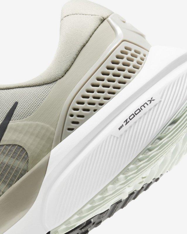 Nike Air Zoom Vomero 15 - Talón